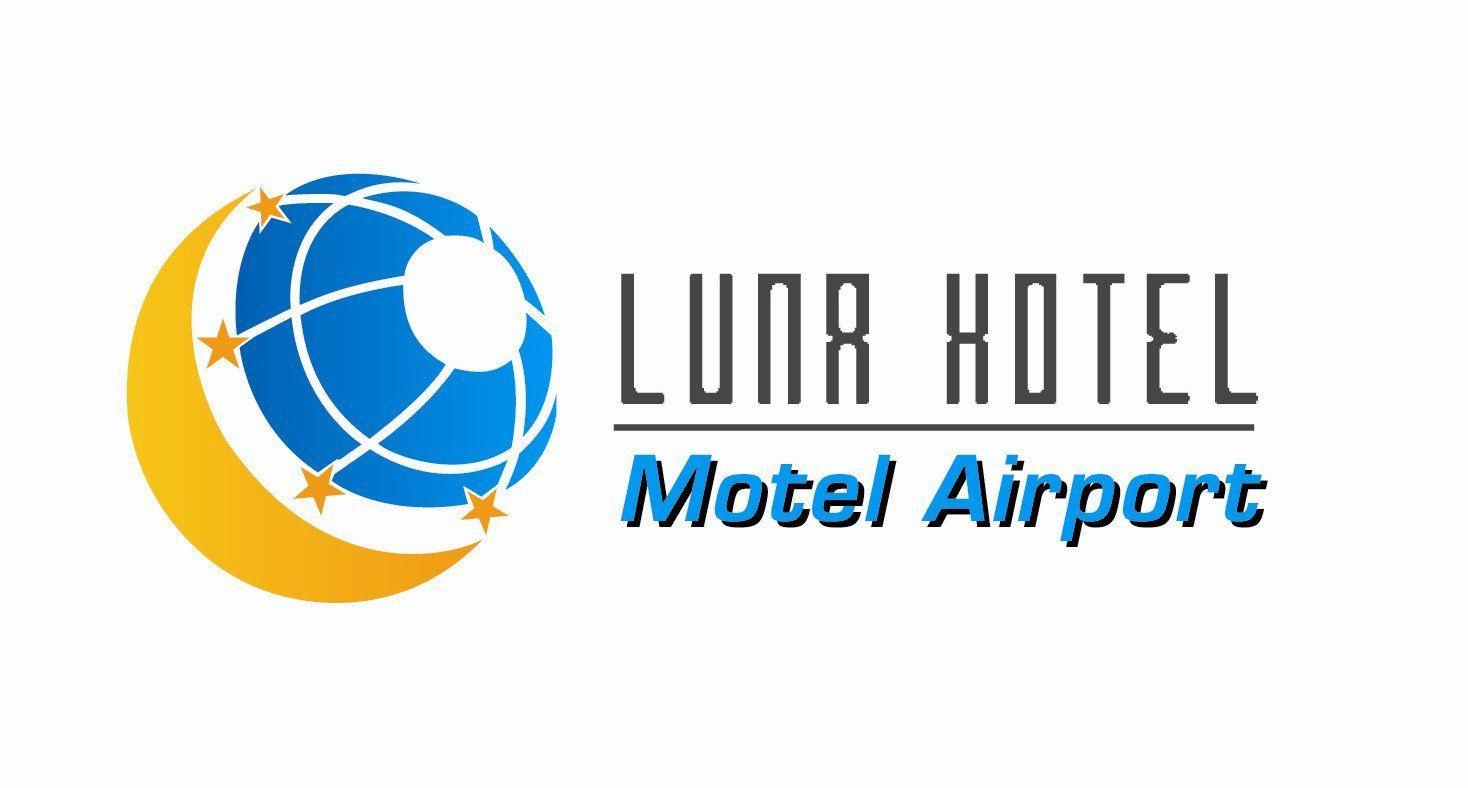 月亮机场酒店