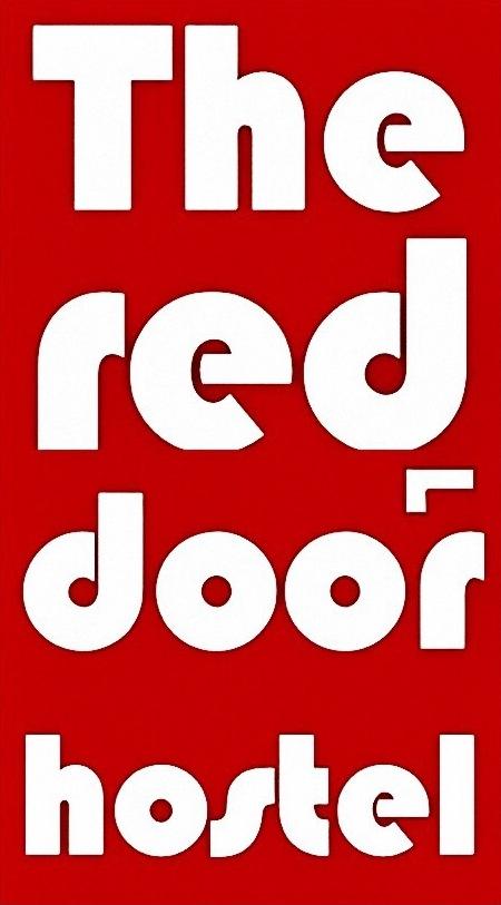 Hostel The Red Door