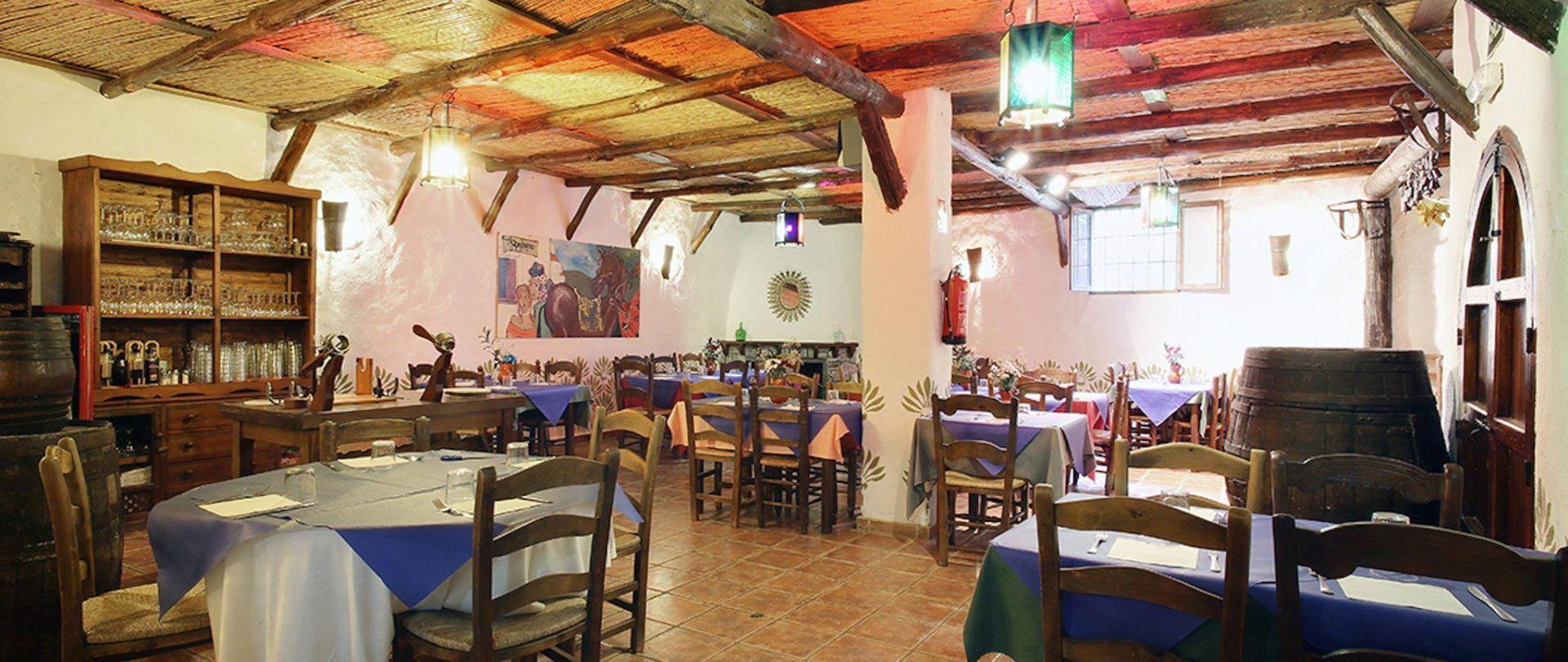 Hotel restaurant:- La Bodega del Bandolero