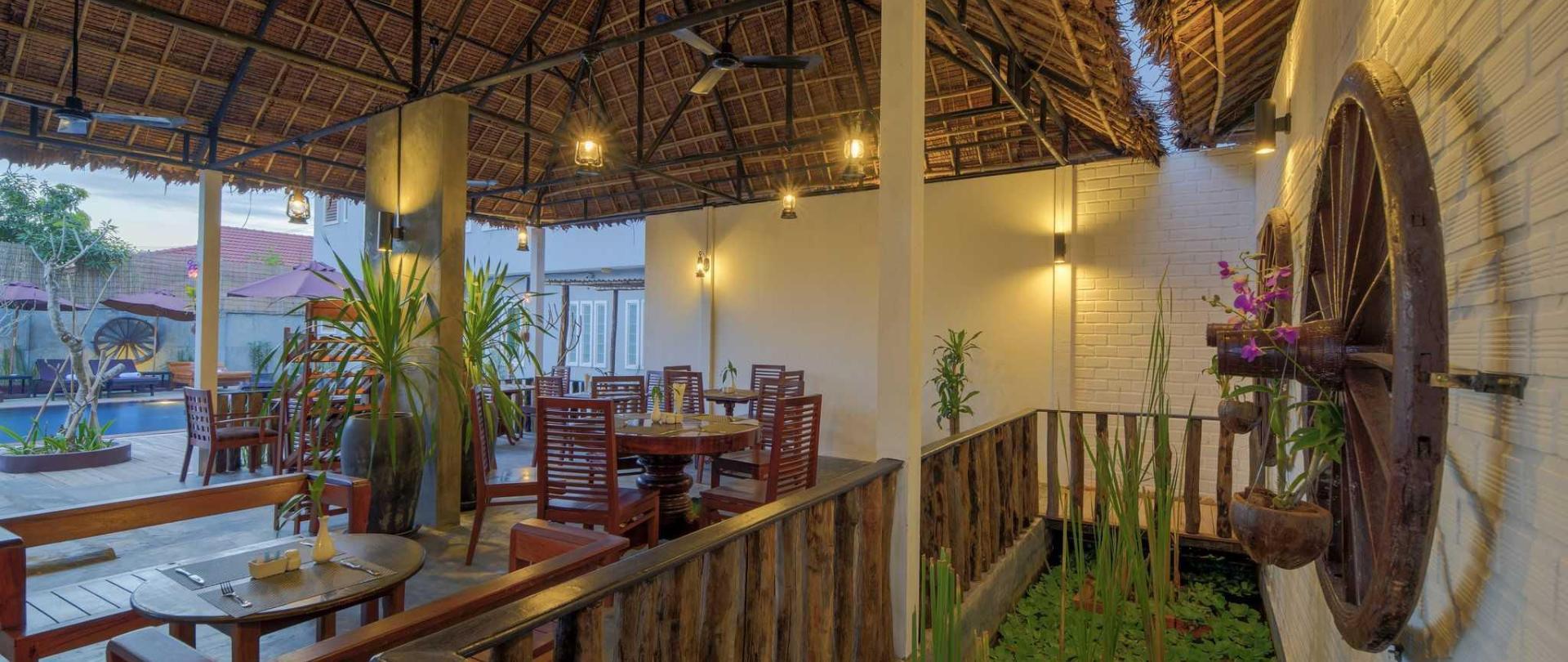 Outdoor Restaurant .jpg