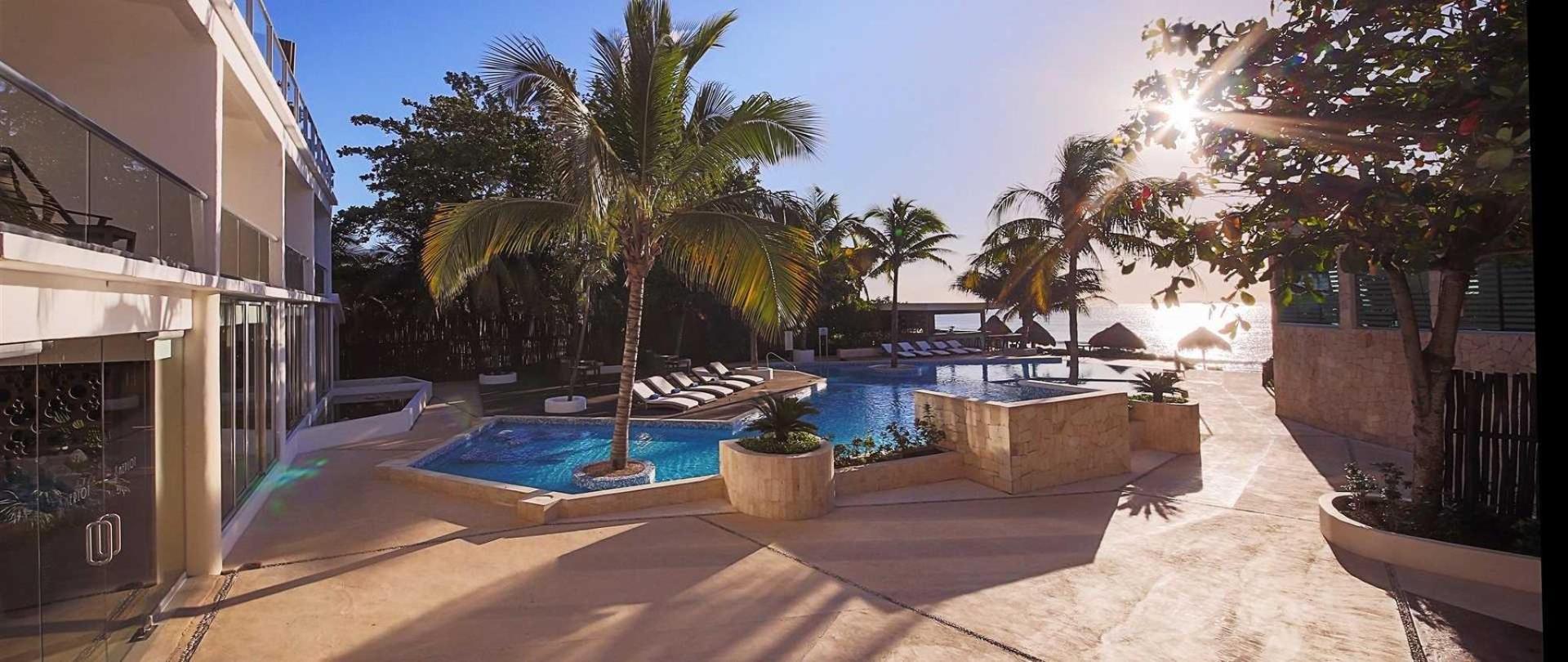 Le Reve Hotel & Spa - Boutique Beachfront
