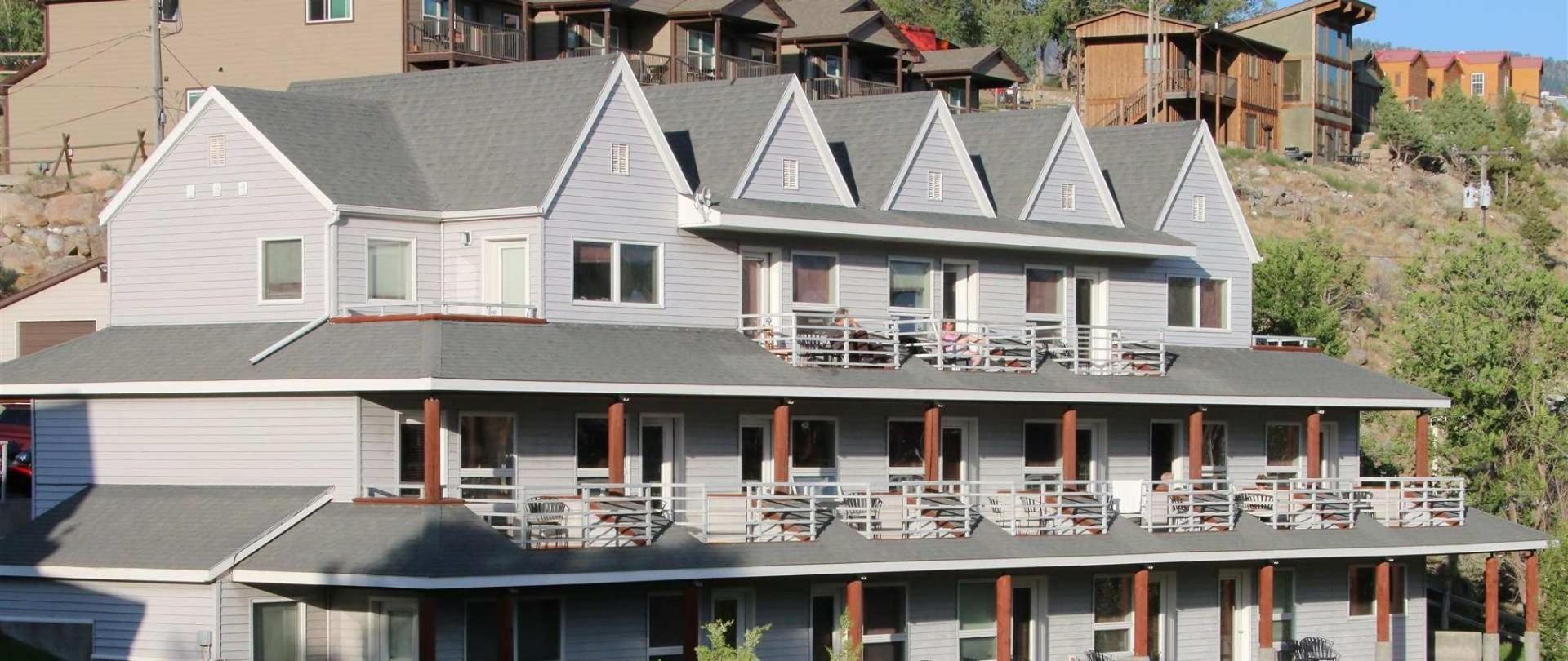 Absaroka Lodge