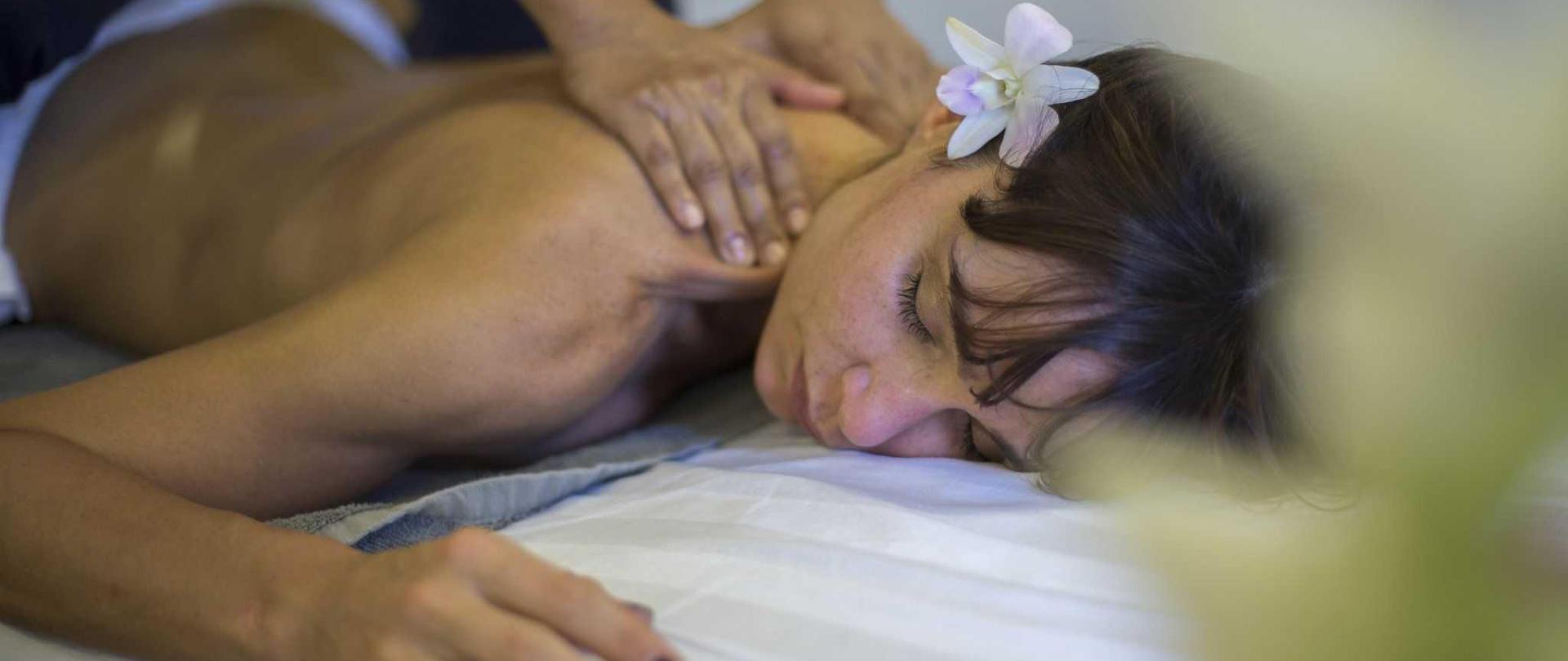 massage-service.JPG