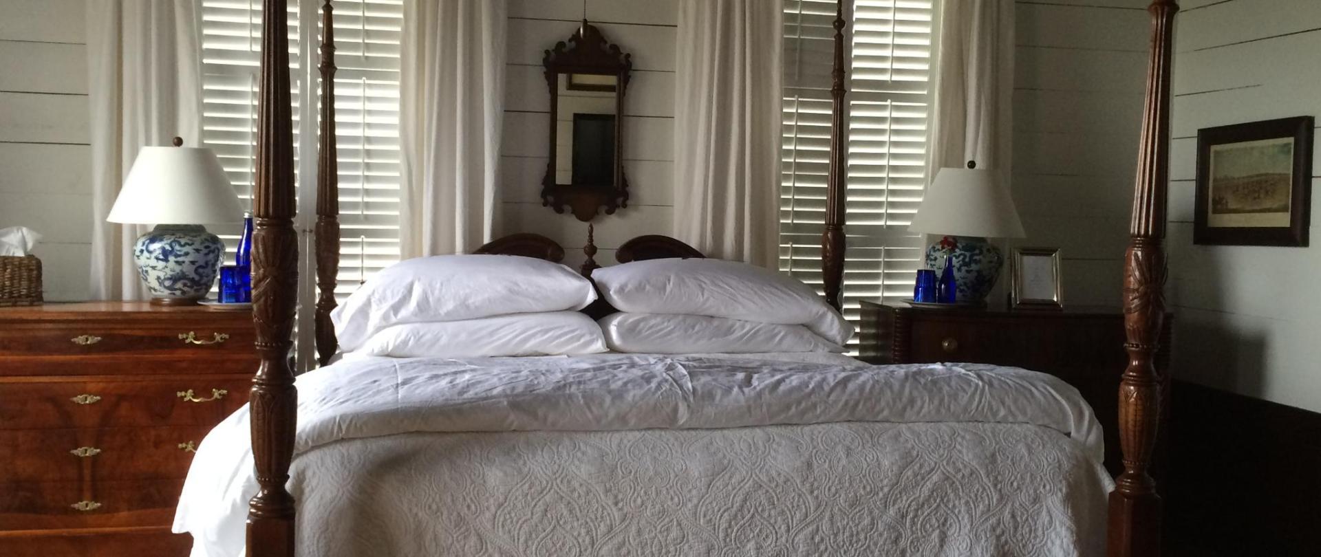 farmhouse - master bedroom bed.JPG