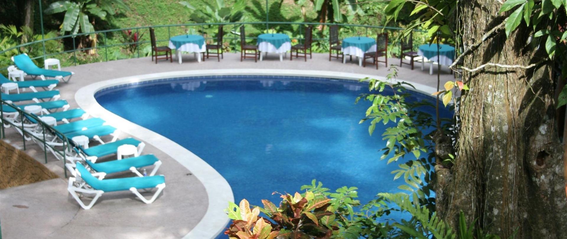 pool-at-byblos.JPG