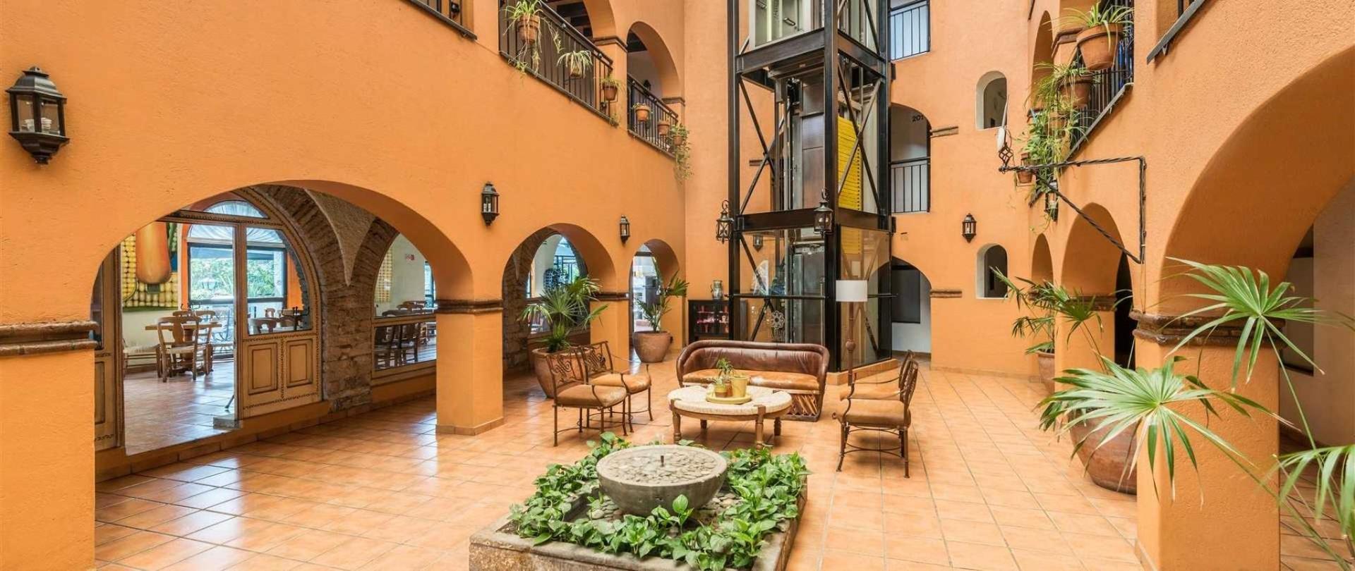 homepage-la-abadia-hotel-guanajuato-mexico6.jpeg