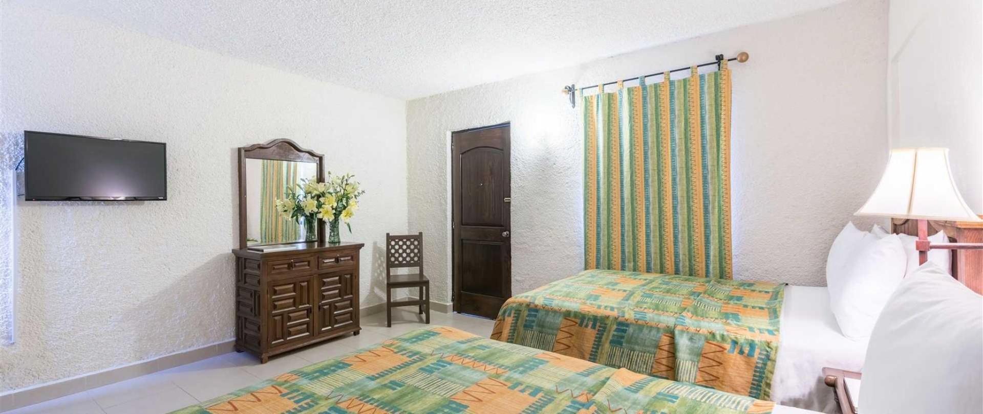 homepage-la-abadia-hotel-guanajuato-mexico7.jpeg