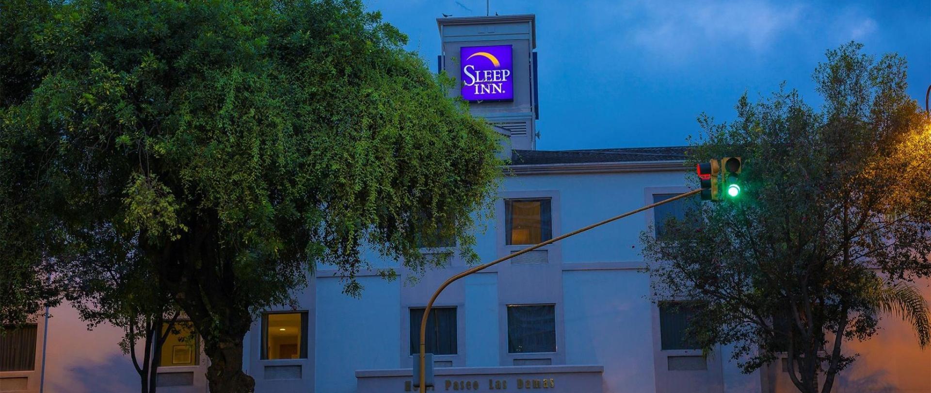 Hotel Sleep Inn Paseo Las Damas.jpg