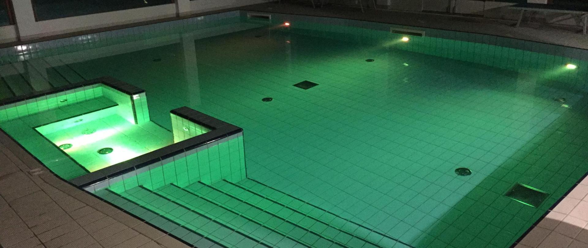 kolam malam.JPG