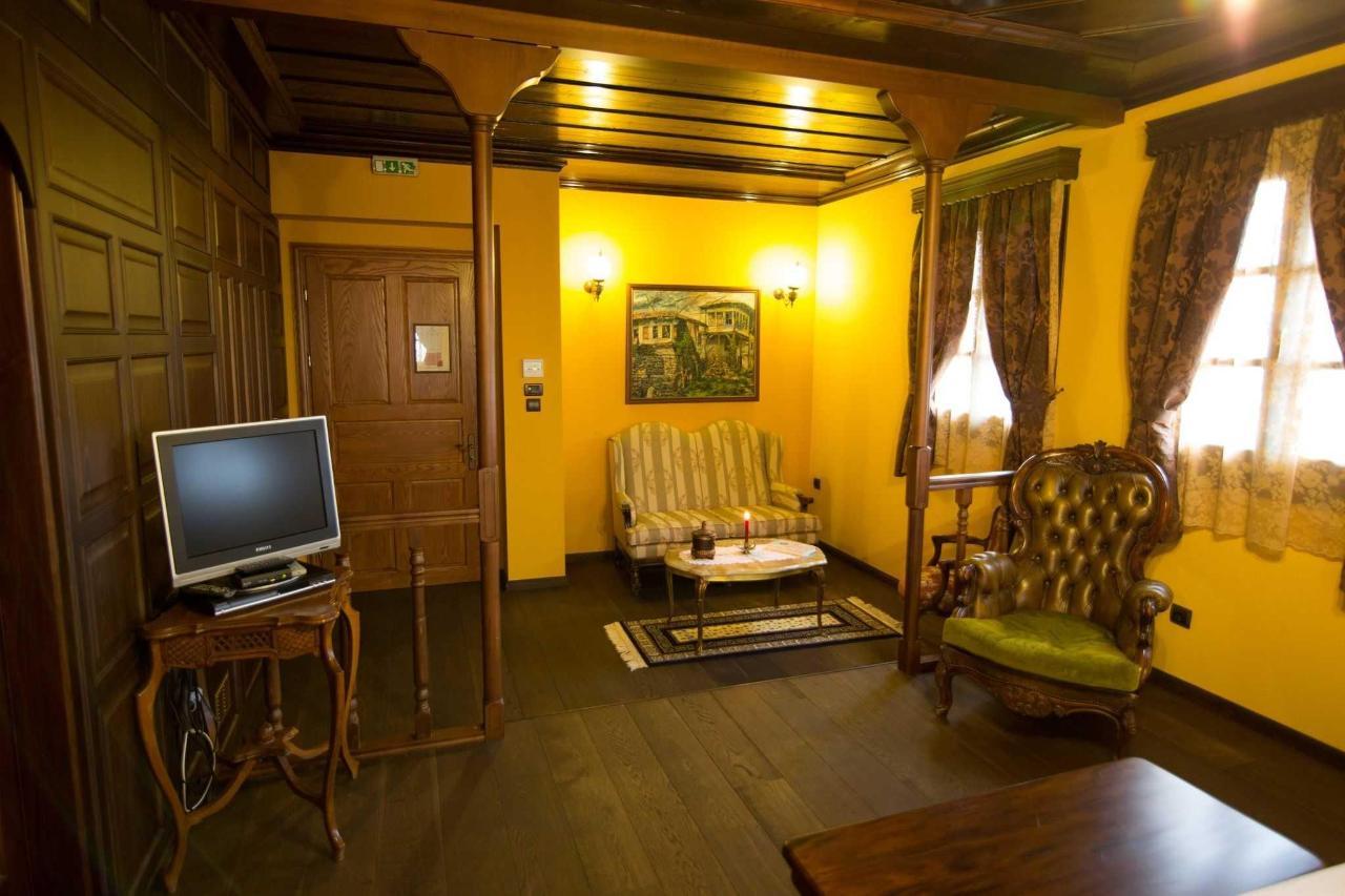 Grande suite salon
