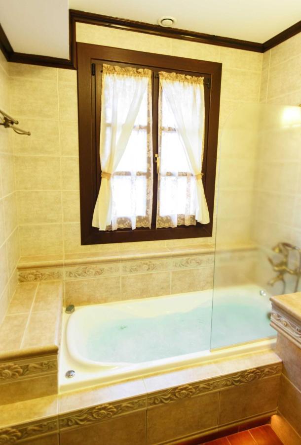 Camera deluxe bagno