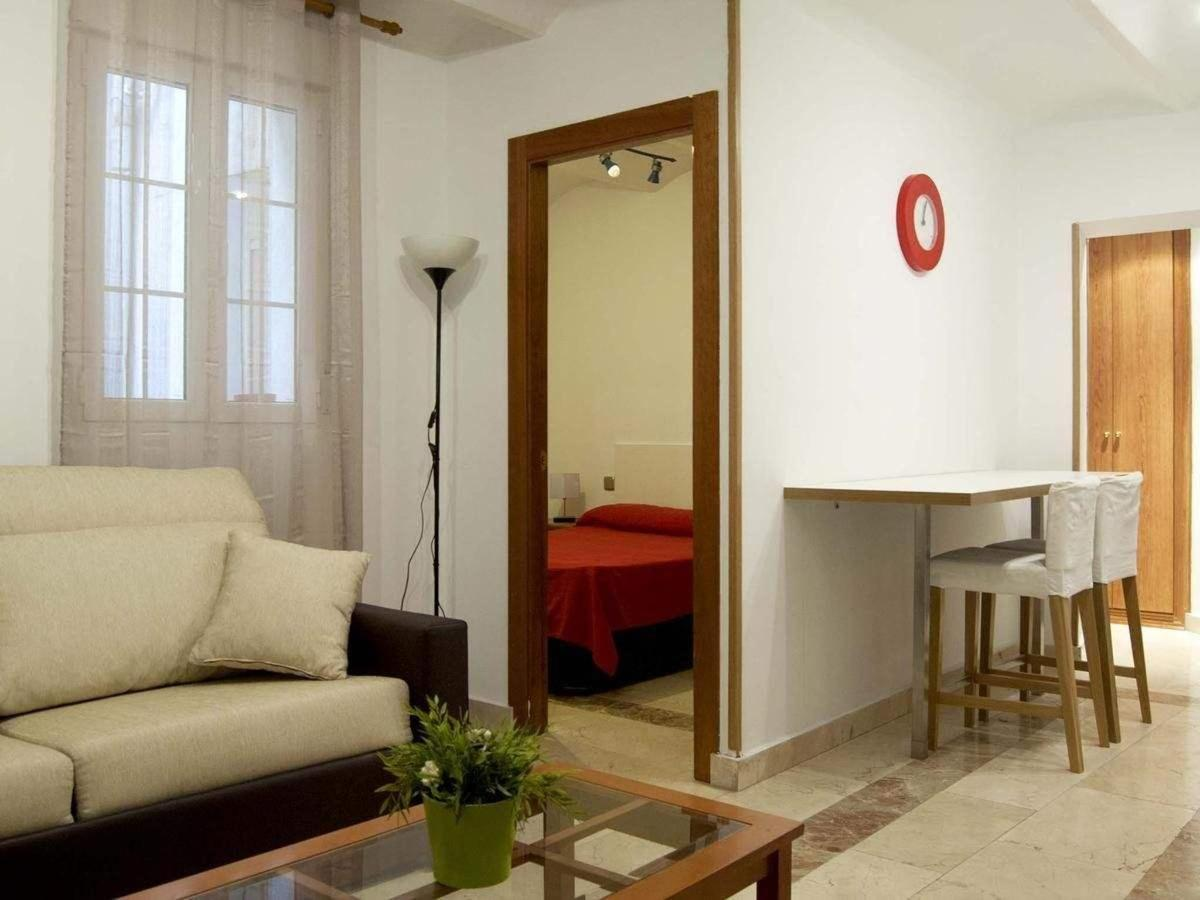 Rooms18