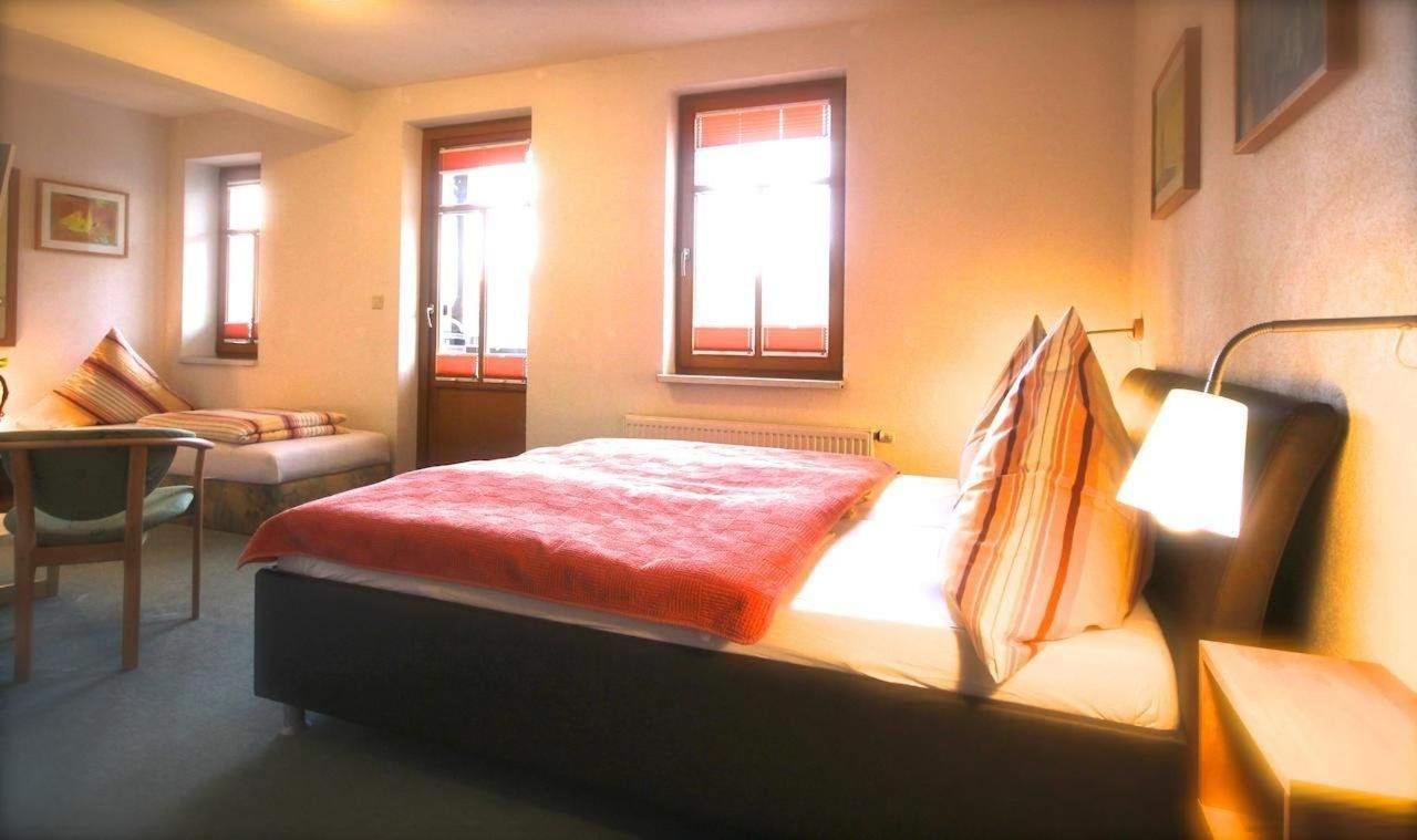 Dreibett-Zimmer
