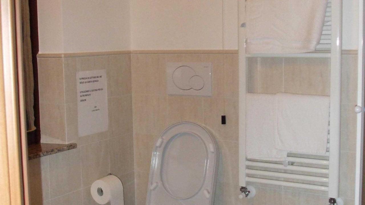 Bagno camera Glicine