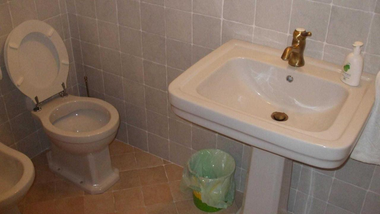 Bagno camera Olivo