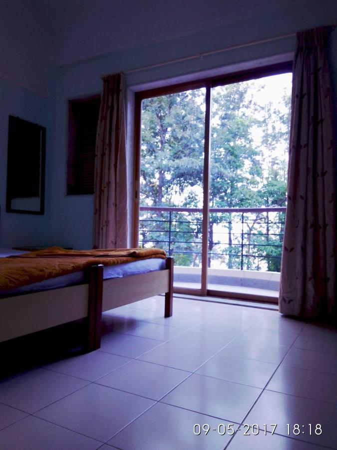 room no 4.jpg