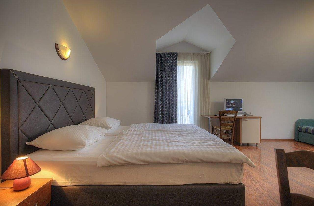 studio-304-krevet-2.jpg