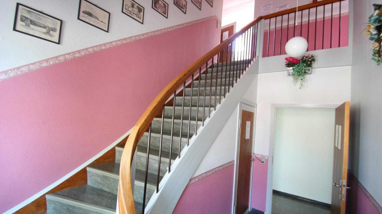 Opgang til værelse på 1. sal