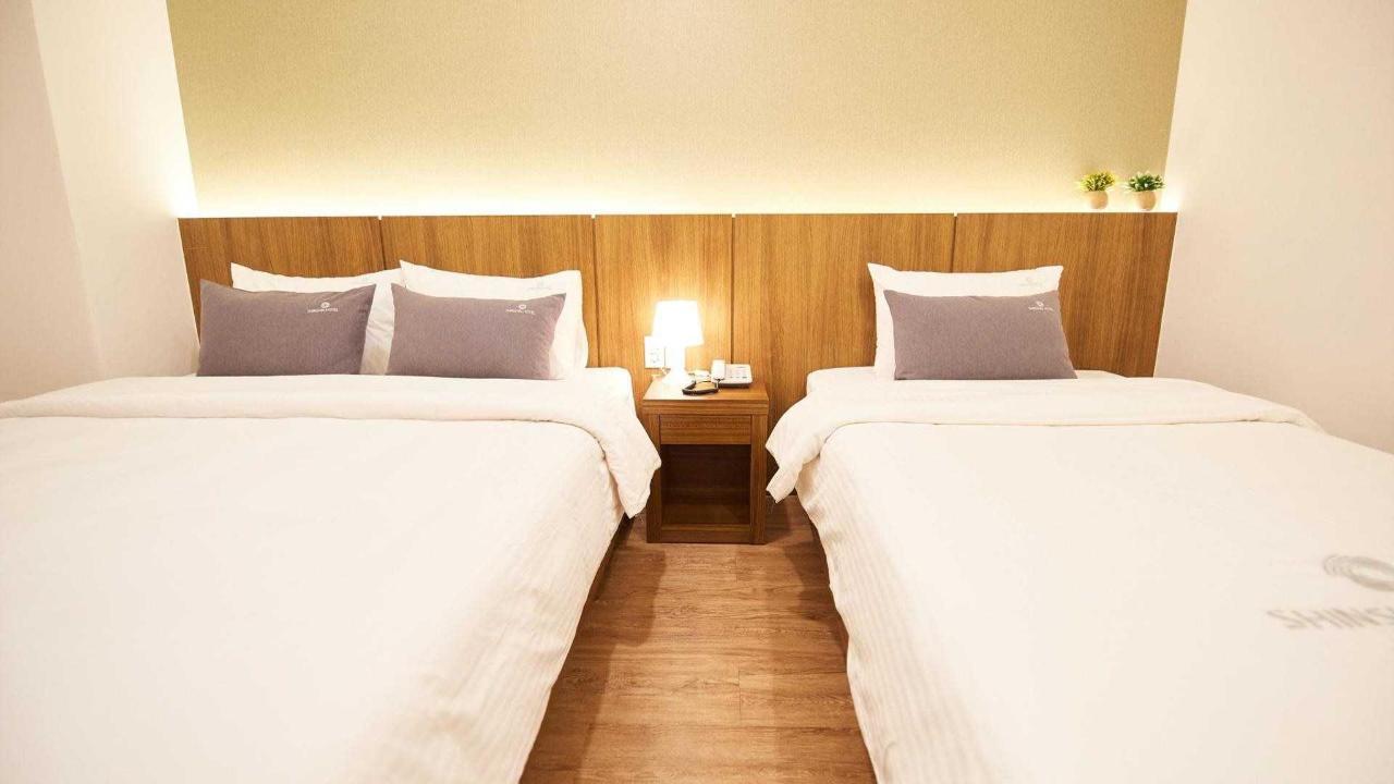 Triple Room Busan.jpg