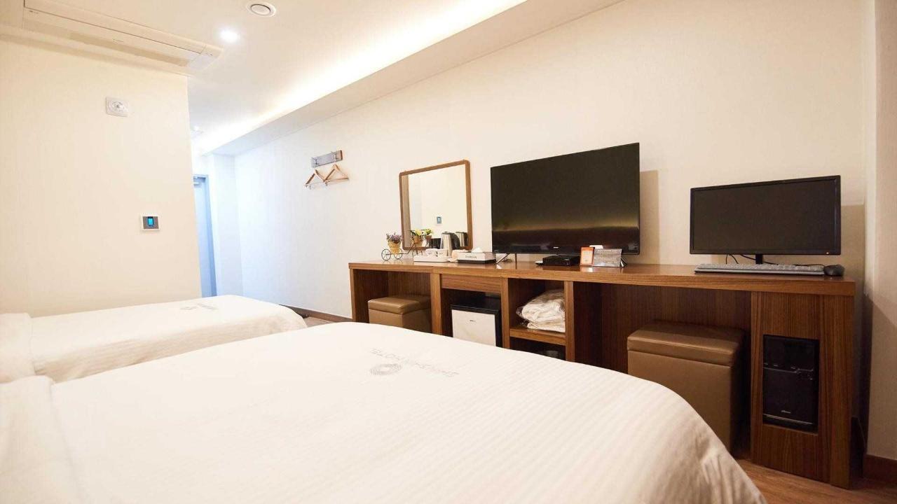Family Room Seomyeon.jpg