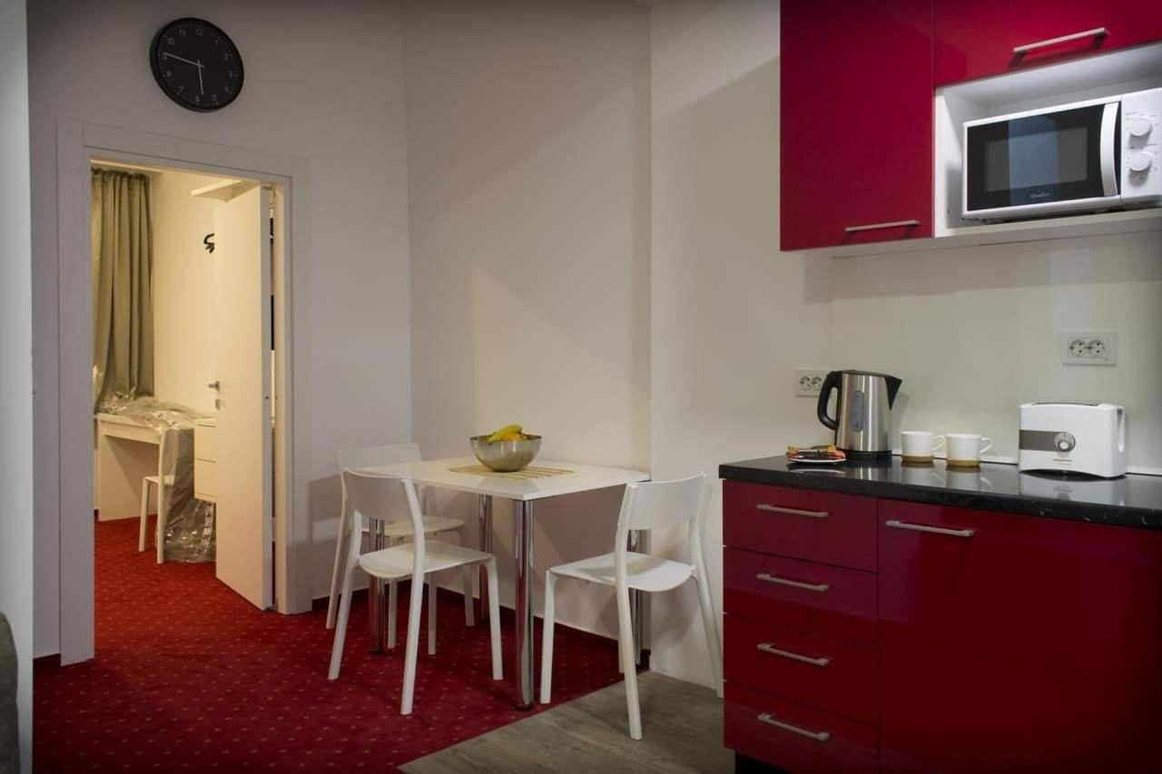 Apartment with Balcony6