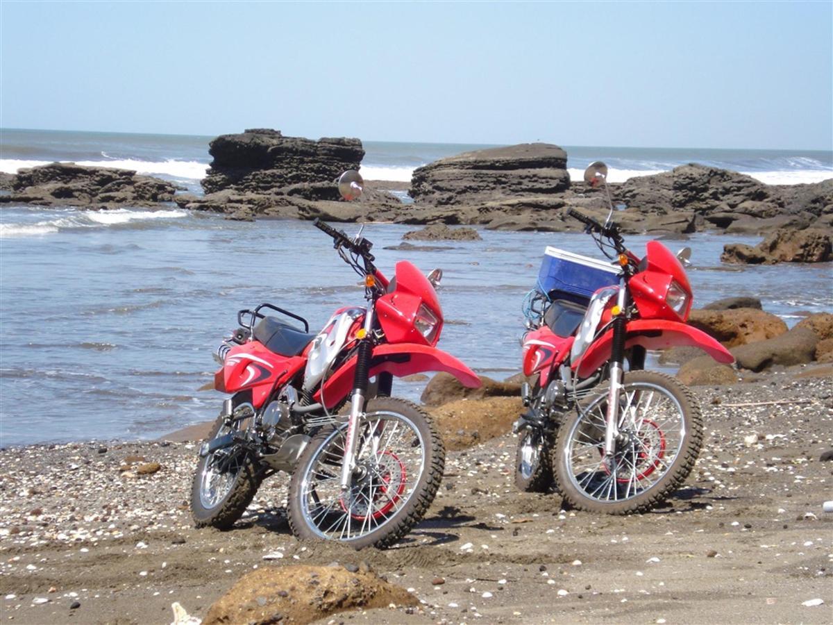 motorcycles-at-punta-nata-1.JPG.1024x0.jpg