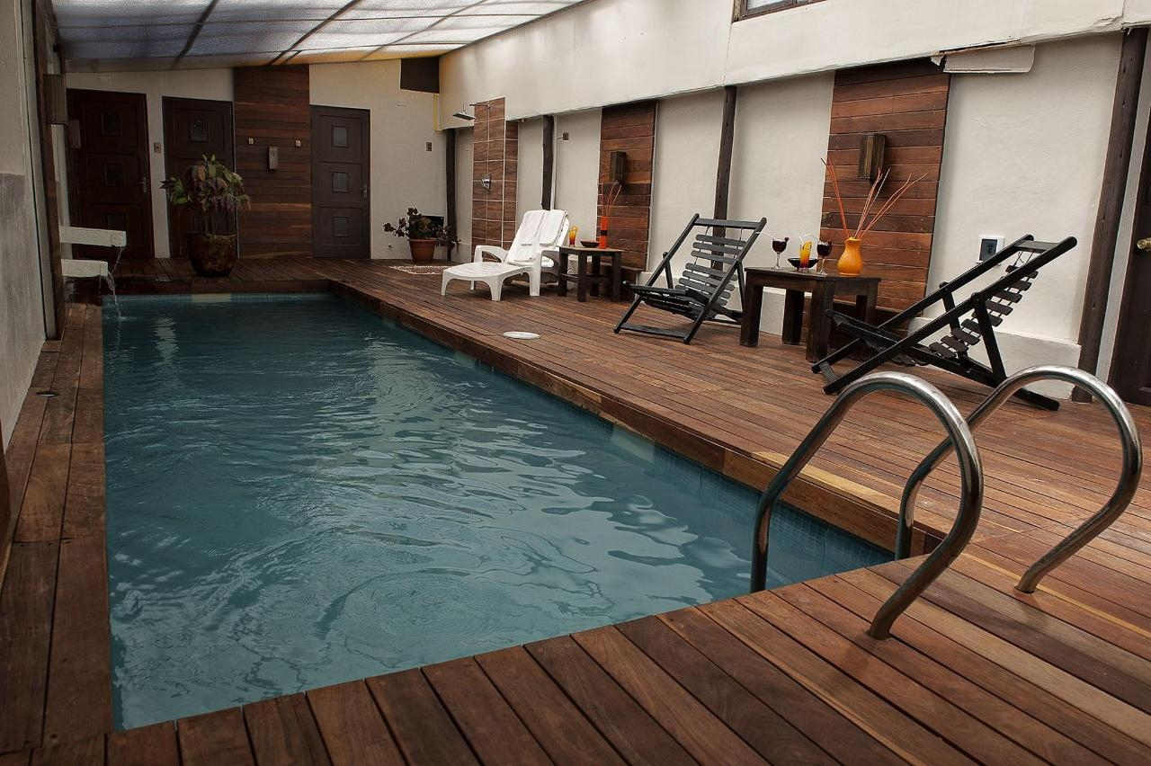 pool (2) .jpg