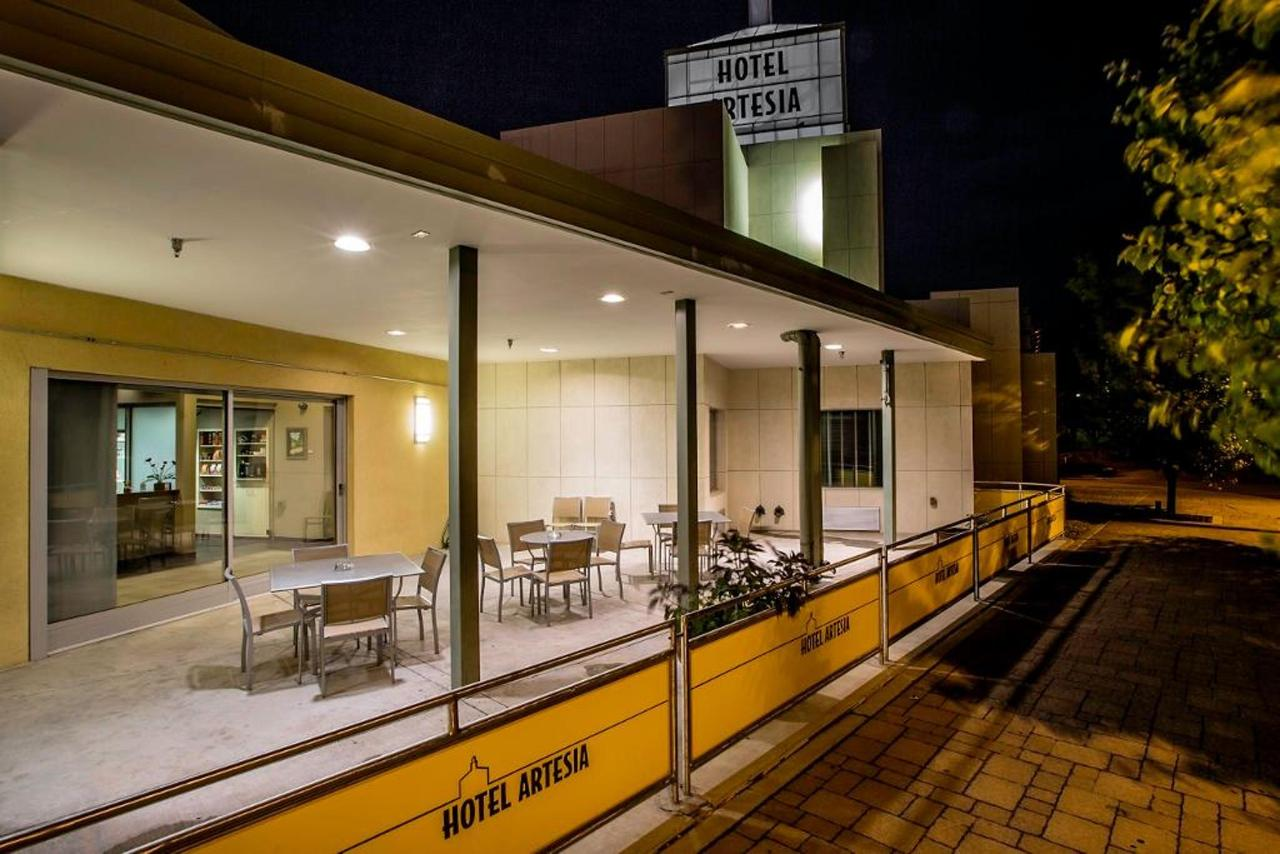 Artesia street cafe.jpg