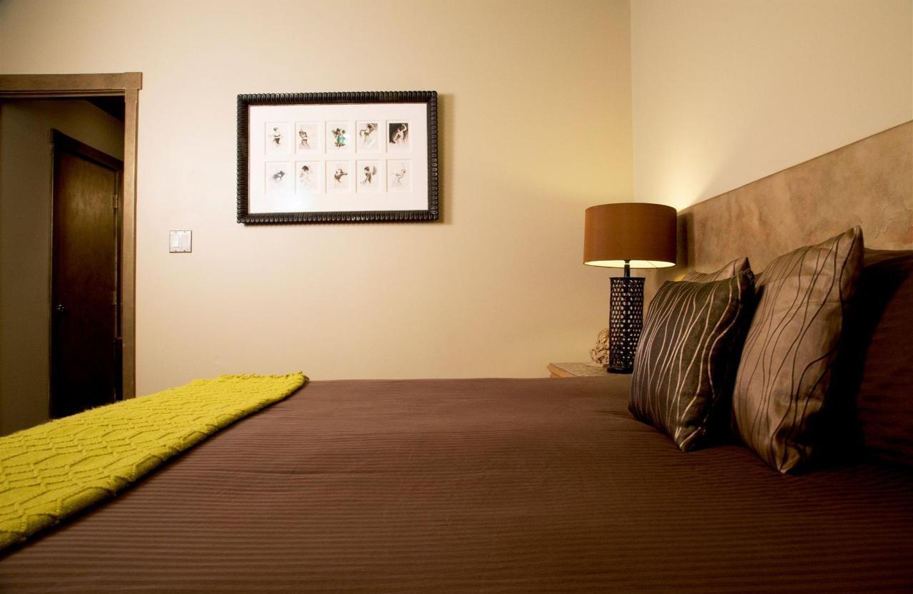 room-w-03.jpg