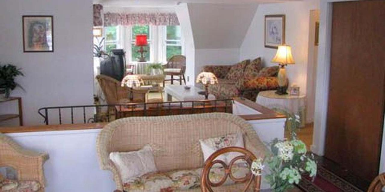 Penthouse Suite Living Space.jpg