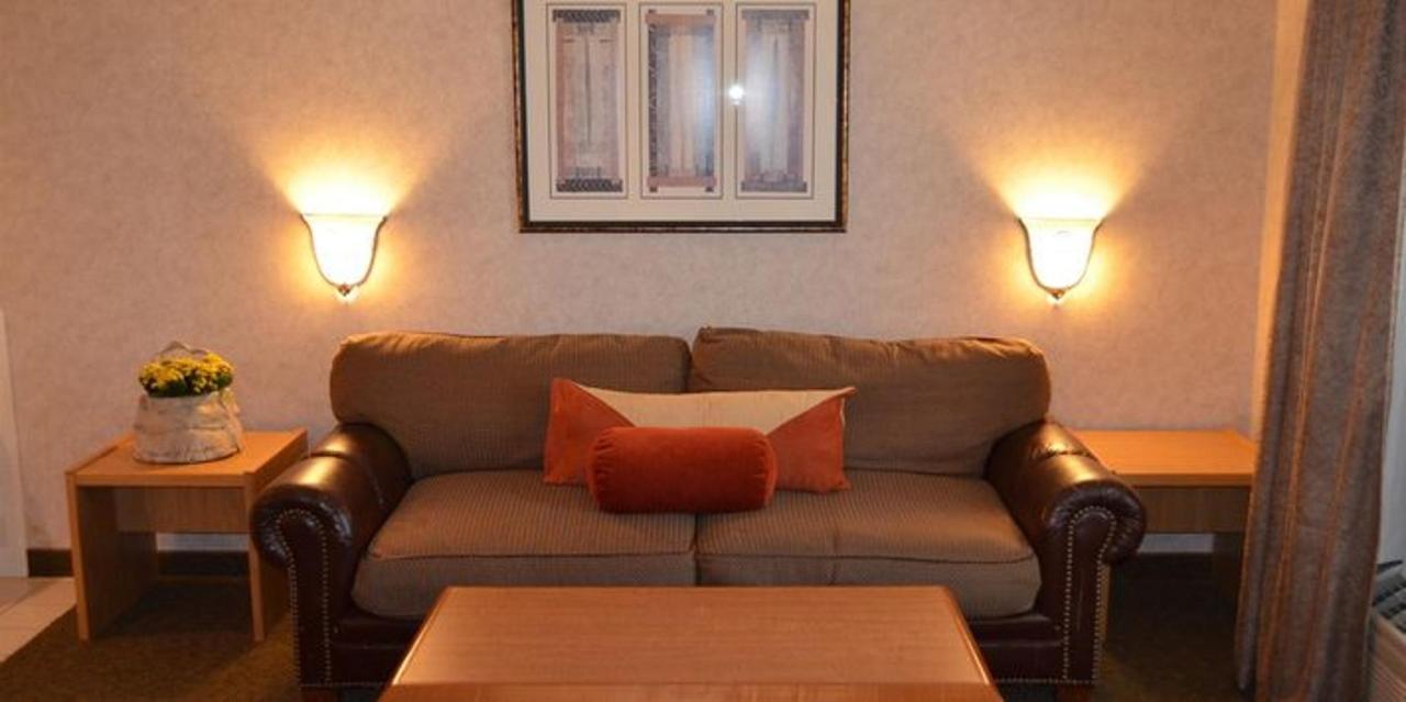 Apartment Sofa.jpg