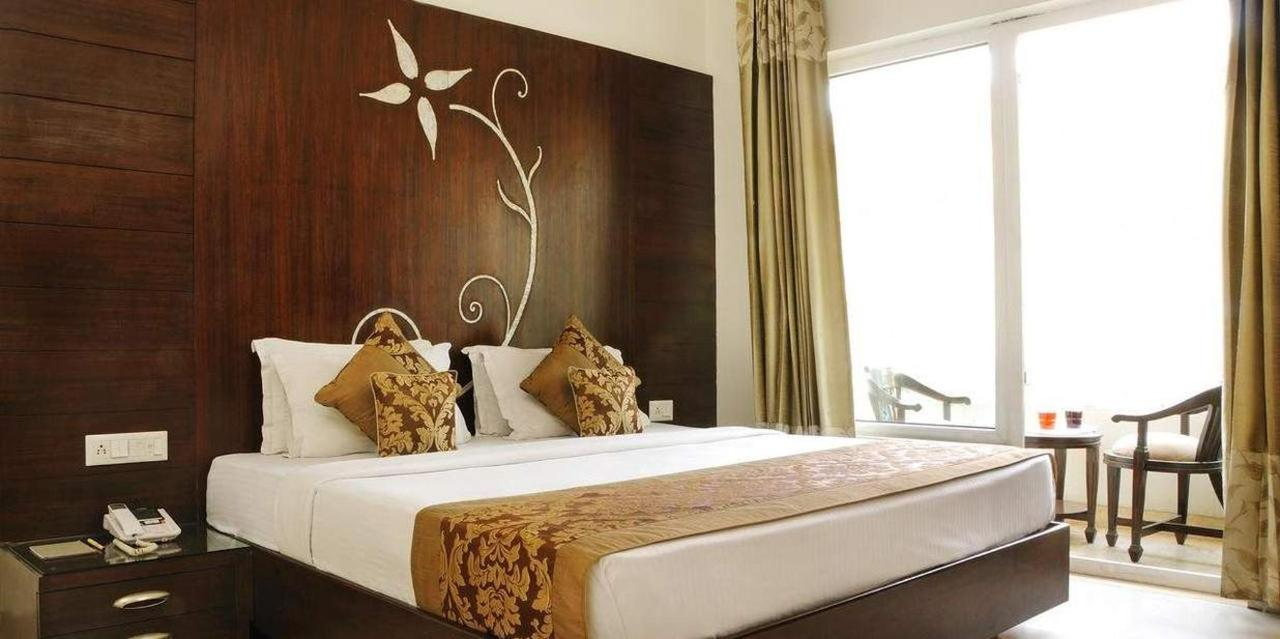 Executive Double or Twin Room with Airport Pickup4.jpg