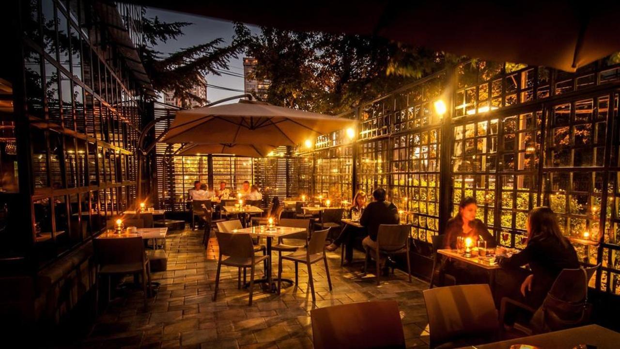 Terraza y Bar.jpg