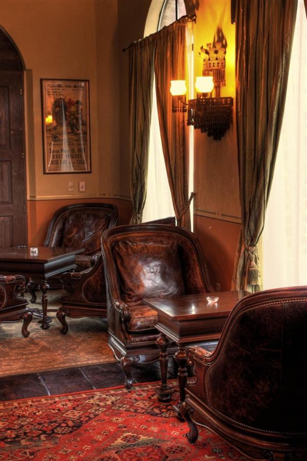 Comfortable and elegant - La Copa Bar.jpg
