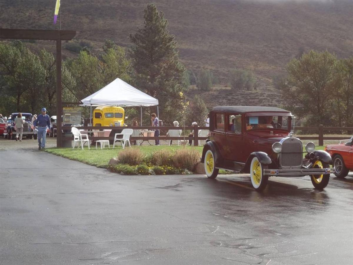 Annual Classic Wheels Rallye