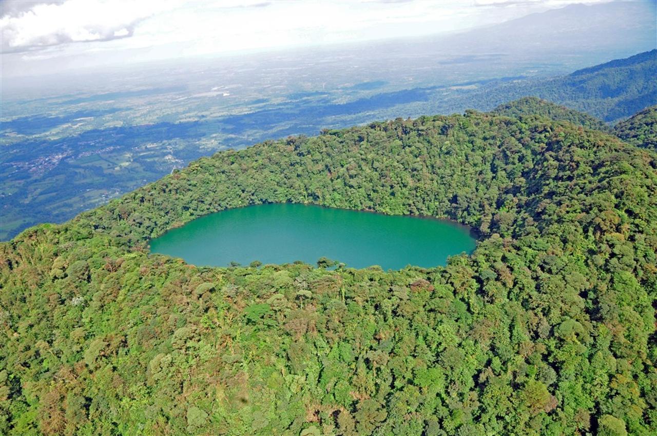Cerro Chato.jpg