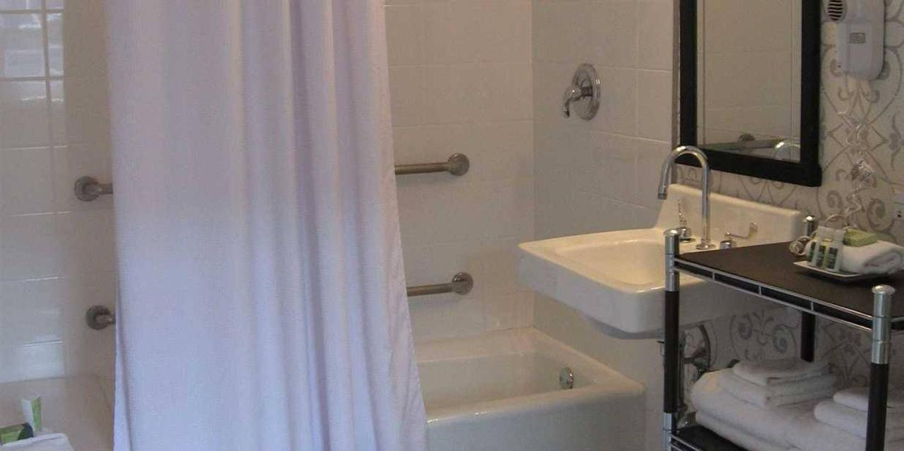 Bathroom | Accessible King Guest Room.jpg