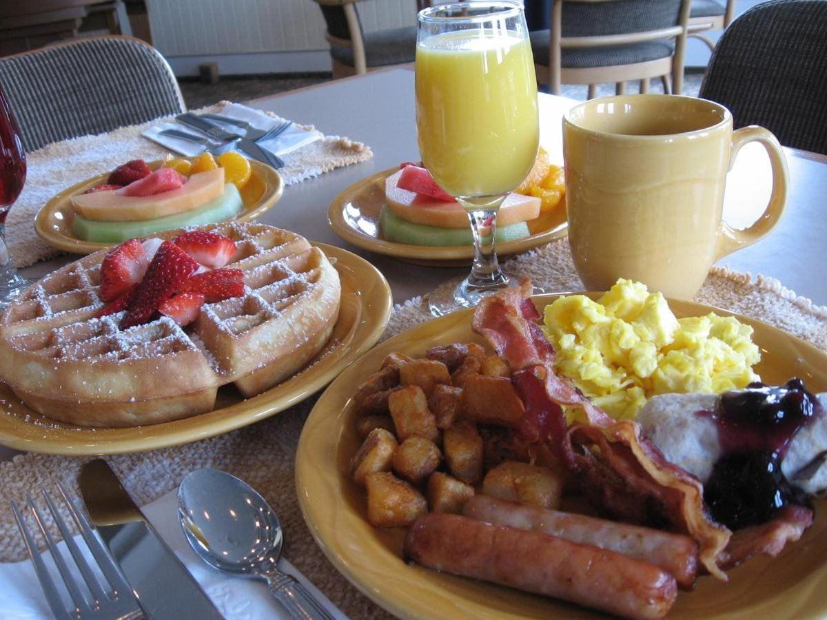 Mom's Breakfast.jpg