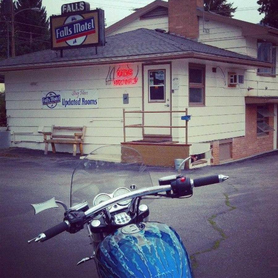 Blue Flame Bike at the Falls Motel.jpg
