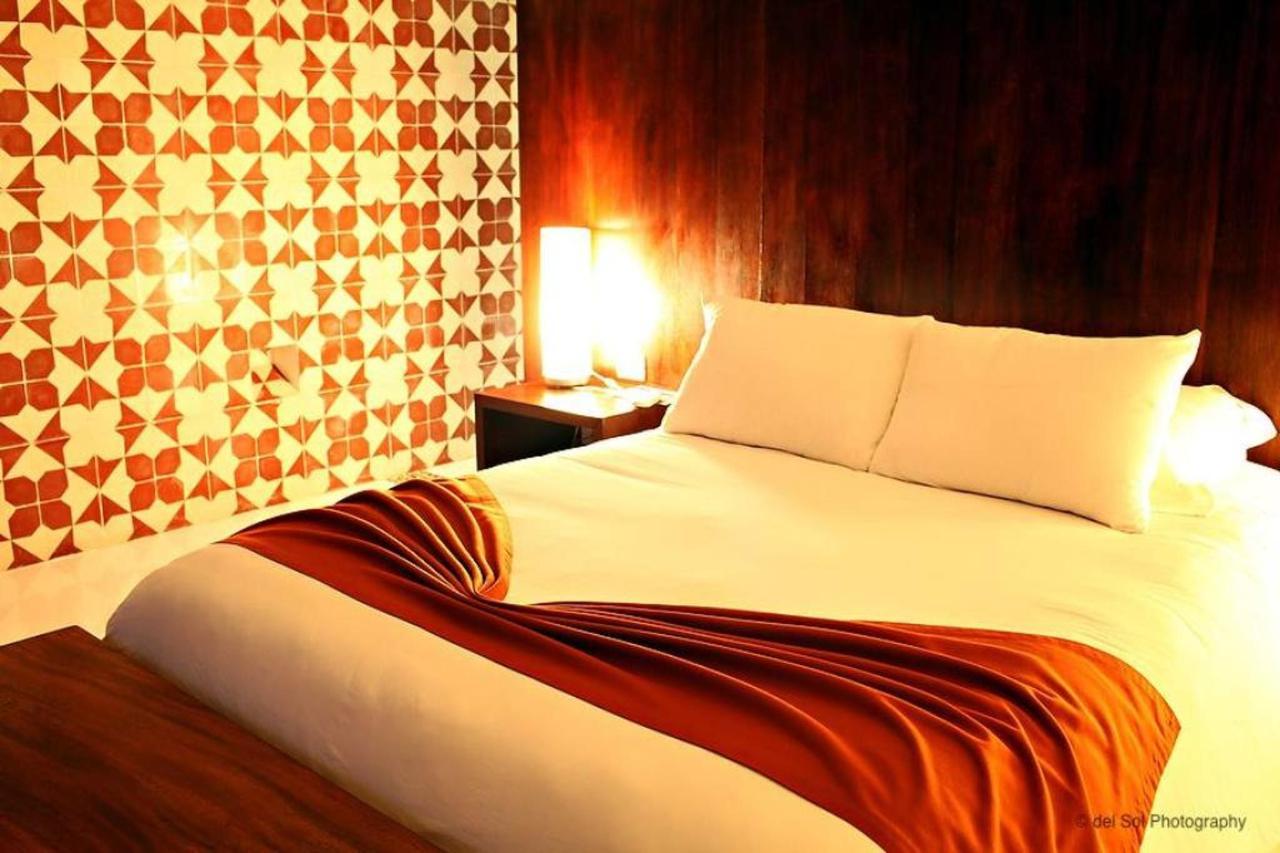 Rooms - Lightening.jpg