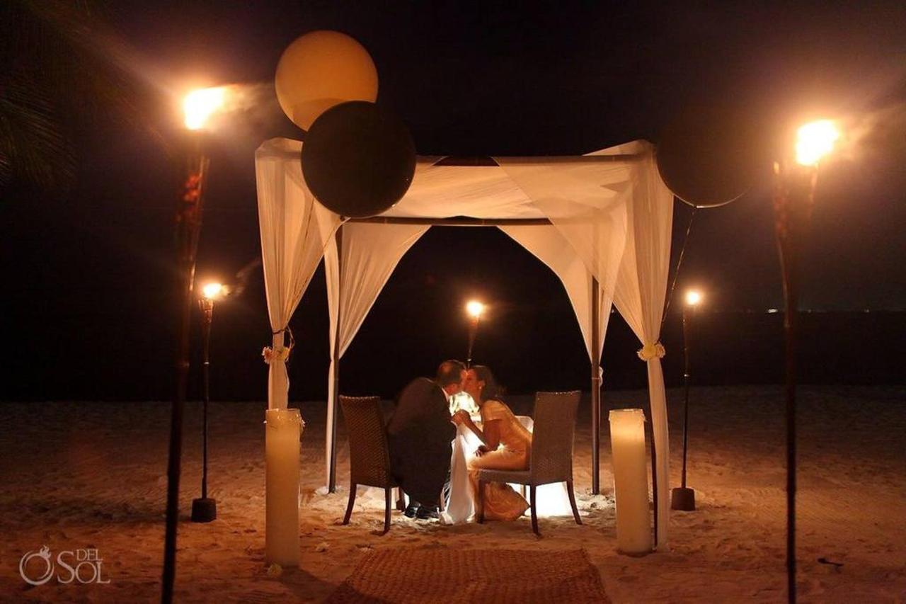 Romance - Special Dates.jpg