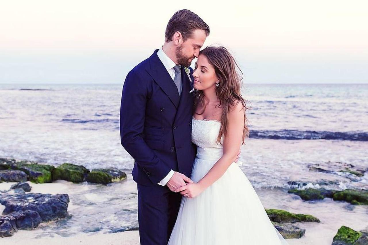 Romance - Just Married.jpg