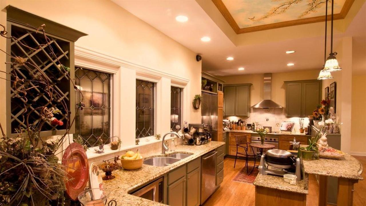 Kitchen, Dining, Common Area