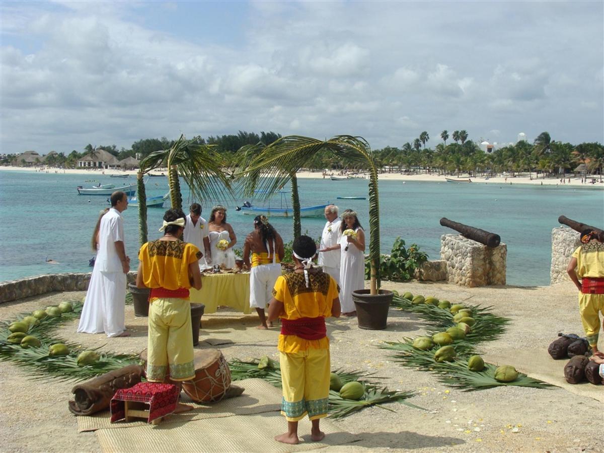 Mayan Weddings