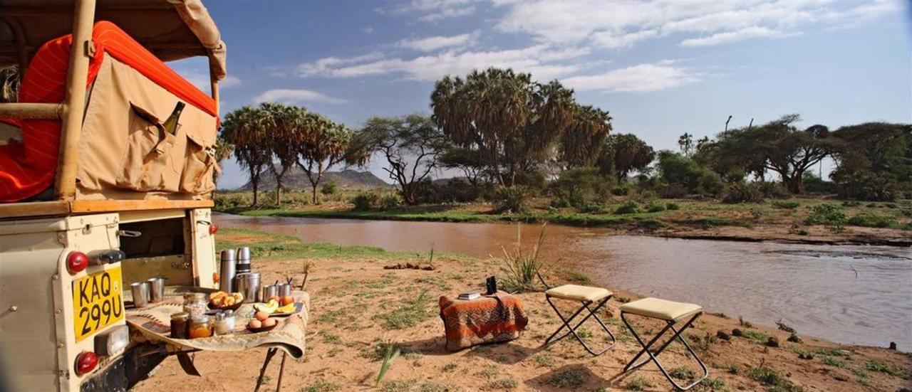 Game drive bush breakfast river.jpg