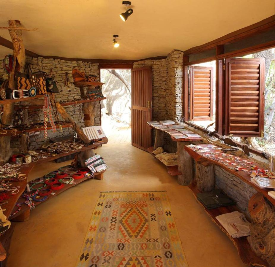 Samburu Saruni Shop.jpg