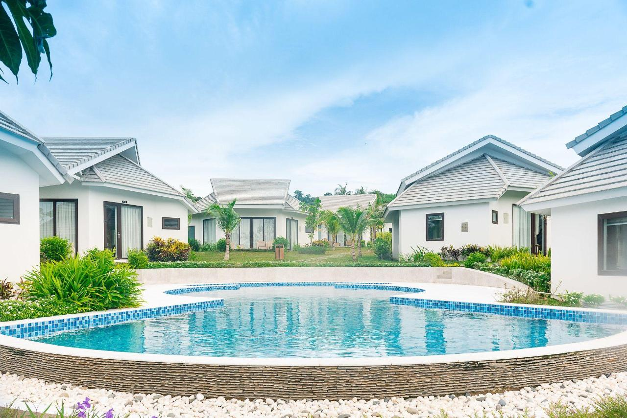 luxury-villa-ocean-view-6-2.jpg
