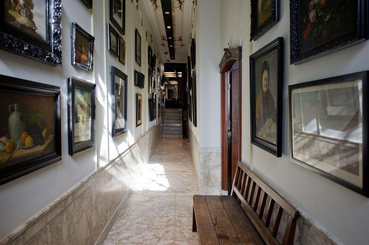 entrance-11.jpg