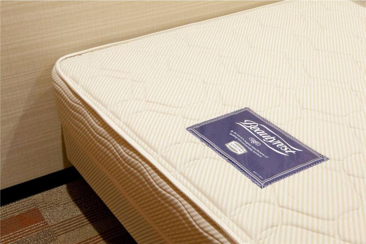 room_0007__mg_3469.jpg.1024x0.jpg
