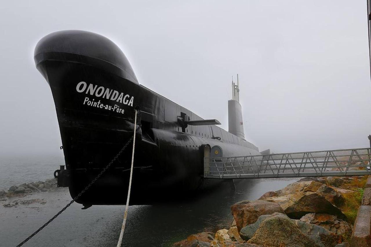 rimouski-attrait-touristique-sous-marin-petit.jpg.1024x0.jpg